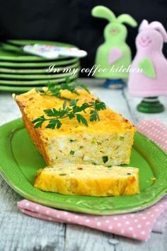 In my coffee kitchen: Pasztet jajeczny Vegan Recipes, Cooking Recipes, Vegan Meals, Polish Recipes, Polish Food, Appetisers, Food Inspiration, French Toast, Yummy Food