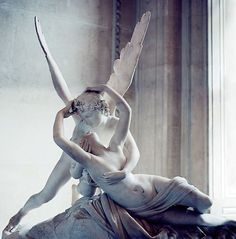 Eros & Psyche by Antonio Canova displayed in the Louvre.