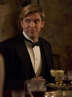 Matthew at dinner - Downton Abbey Season 3 - Woman And Home