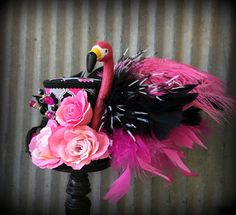 Kentucky Derby Hat Mini Top Hat Alice in Wonderland Flamingo Mad Hatter Costumes, Mad Hatter Hats, Mad Hatter Tea, Madd Hatter, Alice In Wonderland Flamingo, Alice In Wonderland Costume, Wonderland Party, Mad Tea Parties, Tea Party Hats