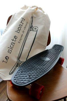 """Le skate board """" Leçons de Choses"""" chez LEO PETITPOIS"""