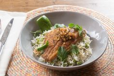 yummyinmytumbly: Curried Catfish & Coconut Rice with Purple Beans & Golden Raisin Chutney Submit your recipes to Tasty Gallery! Fish Recipes, Seafood Recipes, Cooking Recipes, Healthy Recipes, Chef Recipes, Coconut Jasmine Rice, Coconut Rice, Dinner Entrees, Dinner Recipes