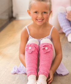 Legwarmer Knitting Patterns Free Knitting Pattern for Ballerina Bloom Leg Warmers - Jodi Lewanda's easy leg warmers feature a knit flower. Child's size 4 – 12 Knitting For Kids, Easy Knitting, Baby Knitting Patterns, Knitting Socks, Crochet Patterns, Knitting Projects, Girls Leg Warmers, Baby Leg Warmers, Crochet Leg Warmers