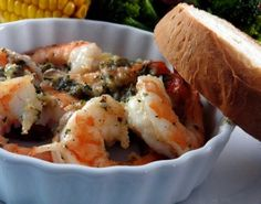 This is a wonderful Shrimp Scampi that I learnt from an Italian cook who introduced me in making Diabetic foods. My father is very ill with Diabetis and loves his foods (of course) This recipe as a hit with Dad. A tasty blend of Shrimp and Garlic. Skinny Recipes, Ww Recipes, Light Recipes, Shrimp Recipes, Low Carb Recipes, Cooking Recipes, Healthy Recipes, Online Recipes, Shrimp Dishes