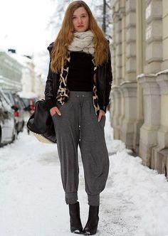 I wish I could make sweatpants look this good.