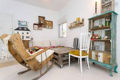 Hab. Vintage Centro Sevilla en Sevilla Loft, Languages, Spanish, English, Patio, French, Vintage, Furniture, Living Room