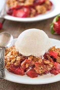 Gluten-Free Strawberry Rhubarb Crumble | My Baking Addiction