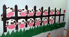 Koeien knutselen. Ook leuk met varkentjes ertussen!