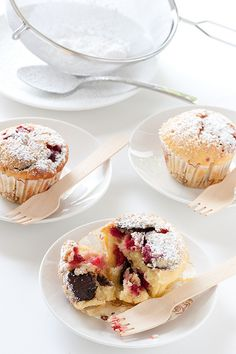 raspberry & dark chocolate muffins by jules:stonesoup, via Flickr