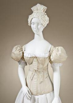 1830-1835 Regency Corset