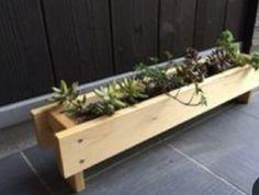 Planter Box Centerpiece, Diy Planter Box, Raised Planter, Wooden Planters, Wooden Garden, Diy Planters, Diy Wood Projects, Garden Projects, Diy Garden Furniture