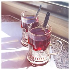 I want to drink tea from these Russian style cups☕ Ukrainian Recipes, Russian Recipes, Ukrainian Food, Russian Tea, Russian Style, Glass Holders, Drinking Tea, Tea Time, Cocoa