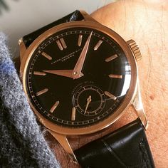 Another rose 96 with black dial retailed by Enerhard Milan