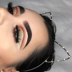 Step-by-Step Guide to the Cut Crease Makeup On Fleek, Flawless Makeup, Gorgeous Makeup, Pretty Makeup, Love Makeup, Skin Makeup, Makeup Art, Makeup Inspo, Beauty Makeup