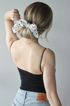 EASY SUMMER HAIRSTYLES WITH A SCARF - Alex Gaboury