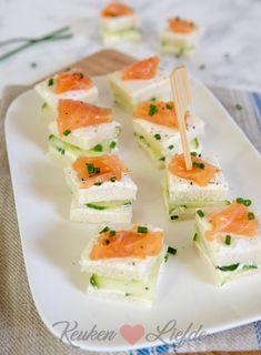 Sandwich hapje met roomkaas, komkommer en zalm - Keuken♥Liefde Fresh Rolls, Afternoon Tea, Tapas, Sandwiches, Ethnic Recipes, Paninis