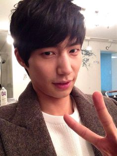 FromThe official Song Jae Lim Facebook page.