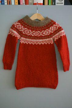 Ull verdt: Mariuskjolen Knitting Machine, Sweaters, Fashion, Tricot, Moda, Fashion Styles, Sweater, Fashion Illustrations, Sweatshirts