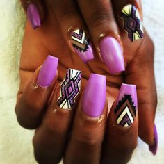 Loving this color combo #nailsbydalenaa