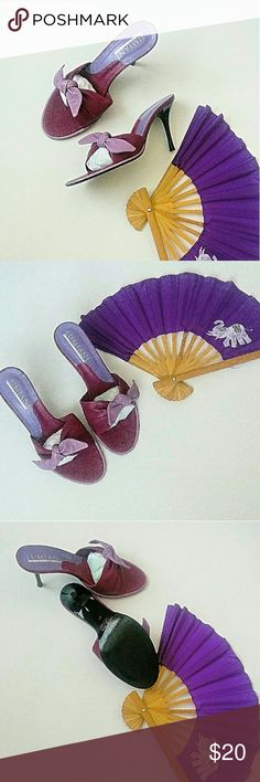 FinalDrop! Lumiani Italian Leather Sandals Royal purple mule with chic lavender bow. 3.5in. heels help set off an LBD, a great pair of jeans or an easy boho confection.  Dance the night away in 100% leather mules EUC **NOTE: zappos.com & international size charts calibrate this size 39 @US 8-8.5**  *Ask questions B4 U buy* Lumiani Shoes Sandals