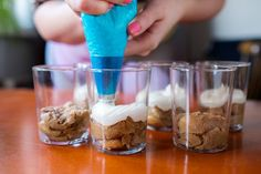 Dezert zItálie: Bleskové tiramisu za10 minut hotové - Proženy Tiramisu, Cereal, Food And Drink, Erika, Breakfast, Italia, Morning Coffee, Tiramisu Cake, Breakfast Cereal