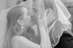 Hochzeitsfotograf in München | White and Light  Stilvolle Hochzeitsfotos und emotionale Hochzeitsreportagen. Professionell kreativ und diskret.  www.whiteandlight.com  #whiteandlight #hochzeitsfotograf #fotograf #braut #hochzeit #münchen #muenchen #bayern #weddingphotographer #photographer #wedding #munich #Bavaria #bride #germany #свадебныйфотограф #фотограф #свадьба #невеста #мюнхен #бавария #германия #love #photooftheday #beautiful #happy #followme #picoftheday #instadaily #nofilter Photographer Wedding, Bavaria, Munich, Germany, Bride, Instagram, Wedding Dresses, Happy, Beautiful