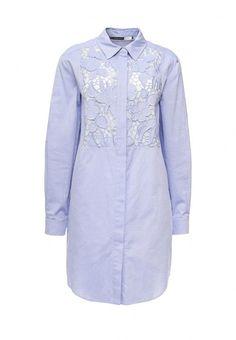 Платье Sportmax Code приталенного кроя. Модель выполнена из фактурного текстиля и декорирована кружевом. Детали: отложной воротник, застежка на пуговицы, подкладка под кружевом.