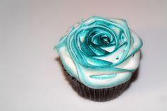 Blue rose cupcake
