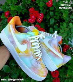 Custom Sneaker Art Customization Video By Artists (Custom Nike, Vans, Adidas, Air Force One) – Shoes 2020 Jordan Shoes Girls, Girls Shoes, Boy Shoes, Shoes Women, Women's Shoes, Sneakers Fashion, Fashion Shoes, Fashion Outfits, Basket Style