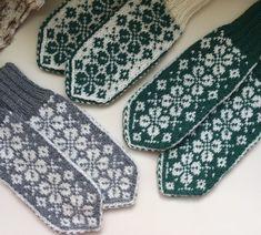 Mittens, Pot Holders, Sunglasses Case, Gloves, Monogram, Knitting, Mini, Hand Crafts, Fingerless Mitts