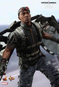 Falcon of Captain America: The Winter Soldier 1:6th scale limited edition action figure by Hot Toys