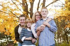 family fall pictures | The Lepperts | Illinois family portraits