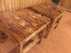 A coffee table is an immensely important piece of furniture that lights up the decoration of a room and embellishes it in a way that impresses everyone. A compact, nicely polished, pallet wooden table is the perfect sort of table for a living room.