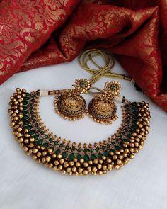 Indian Jewelry Sets, Indian Wedding Jewelry, Bridal Jewelry Sets, India Jewelry, Antique Jewellery Designs, Fancy Jewellery, Trendy Jewelry, Fashion Jewelry, Gold Bangles Design