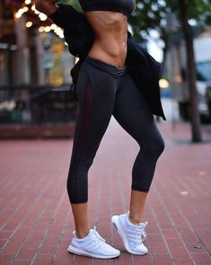 Tons of home training, fitness motivation and healthy recipes - Trend Motivation Fitness 2020 Sport Motivation, Motivation Sportive, Fitness Motivation, Fitness Workouts, Fitness Goals, Fun Workouts, Hot Body Motivation, Chest Workouts, Workout Tips