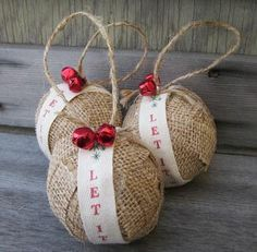 primitive christmas tree ornaments and decoration ideas burlap christmas decorations ideas Burlap Ornaments, Rustic Christmas Ornaments, Burlap Crafts, Handmade Christmas, Christmas Holidays, Ornaments Ideas, Burlap Decorations, Ornaments Recipe, Primitive Ornaments