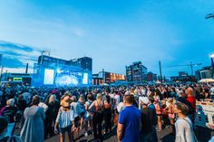 Suomipop-festival gathers the best Finnish pop artists to Jyväskylä harbour for a whole weekend on July. Special Events, Culture, Artists, Pop, Popular, Pop Music, Artist