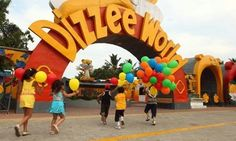 MGM Dizzee World is one of the most prominent amusement parks in India, situated at Chennai, the capital city of Tamil Nadu. Located conveniently on East Coast Easy Vegetarian Lunch, Healthy Dinner Recipes, Dog Food Recipes, Farm House For Rent, Holiday World, Marinated Pork Tenderloins, Picnic Lunches, Cheap Holiday, Photos