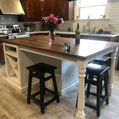 free standing kitchen island with seating...pretty close ...