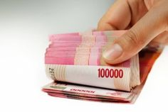 Hukum Membayar Fidyah Puasa Diganti dengan Uang, Bolehkah? Puasa (Ramadhan) adalah momen yang dinanti oleh kaum Muslimin. Allah memberikan banyak keberkahan dan limpahan pahala bagi yang beramal shalih di dalamnya.