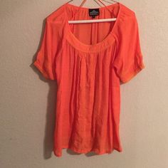 Angie blouse Super cute for spring! Great condition! Angie Tops Blouses