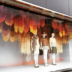 (Webstagram) more shop window displays, autumn window display retail, fashi Autumn Window Display Retail, Fashion Window Display, Window Display Design, Store Window Displays, Autumn Display, Display Windows, Visual Merchandising Displays, Visual Display, Vitrine Design