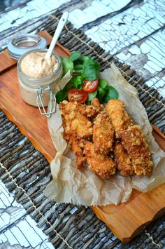 Low Carb & Paleo friendly fried chicken. Brined in pickle juice and paired with a chilpotle aioli. Crispy and juicy!
