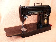 "My Mom's machine....so sad my sister has it!!  Black ""Longbed"" Singer 301 / 301A Sewing Machine"