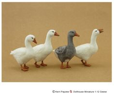 Miniature 1:12 scale Geese
