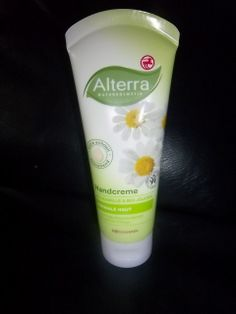 Shoushous Shades of Shopping: Im Test: Alterra Handcreme mit Kamille für normale...