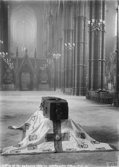 """Coffin of the Unknown Warrior, Westminster Abbey, November Matkr: """"The Unknown Warrior was later buried in the far western end of the nave of the Westminster Abbey, a few feet away from the. World War One, First World, Flanders Field, Unknown Soldier, Into The West, British Soldier, Westminster Abbey, London Photos, British History"""