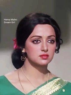 Portrait Photo, Portrait Art, Hema Malini, Vintage Bollywood, Aishwarya Rai Bachchan, Most Beautiful Indian Actress, Bollywood Actors, Indian Beauty, Indian Actresses