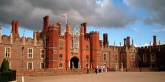 Hampton Court, oh whattup King Henry VIII?