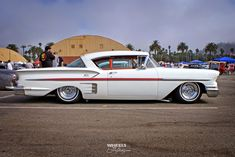 1958 Chevrolet Impala Classic and antique cars. Sometimes custom cars but mostly classic/vintage stock vehicles. Chevrolet Bel Air, Chevrolet Chevelle, My Dream Car, Dream Cars, 1958 Chevy Impala, American Graffiti, Chevy Muscle Cars, Best Classic Cars, Sweet Cars